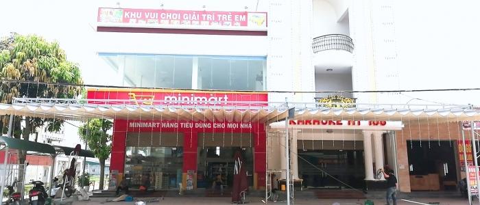 cách tìm mua bạt mái xếp kéo che mưa nắng may ép sẵn theo yêu cầu và Cung cấp linh kiện mái bạt giá rẻ