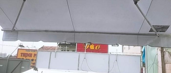 Mái Hiên Che Kéo Tại TPHCM (Sài Gòn) Bao Nhiêu Tiền 1M
